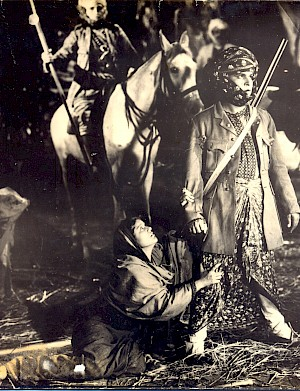Sardar Akhtar and Yakub in Aurat (1935)