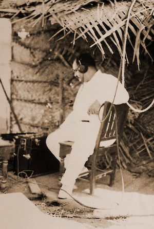 Irani, on set, Alam Ara (1931), recording sound